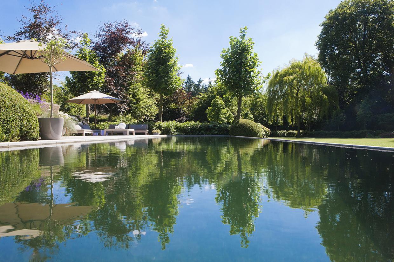 Natuurlijk zwembad overloop en afzonderlijke filter realisaties natural pools - Natuurlijk zwembad ...